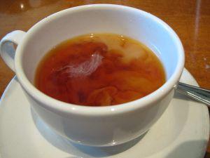 Herbata Orange Pekoe z mlekiem /www.wikipedia.org