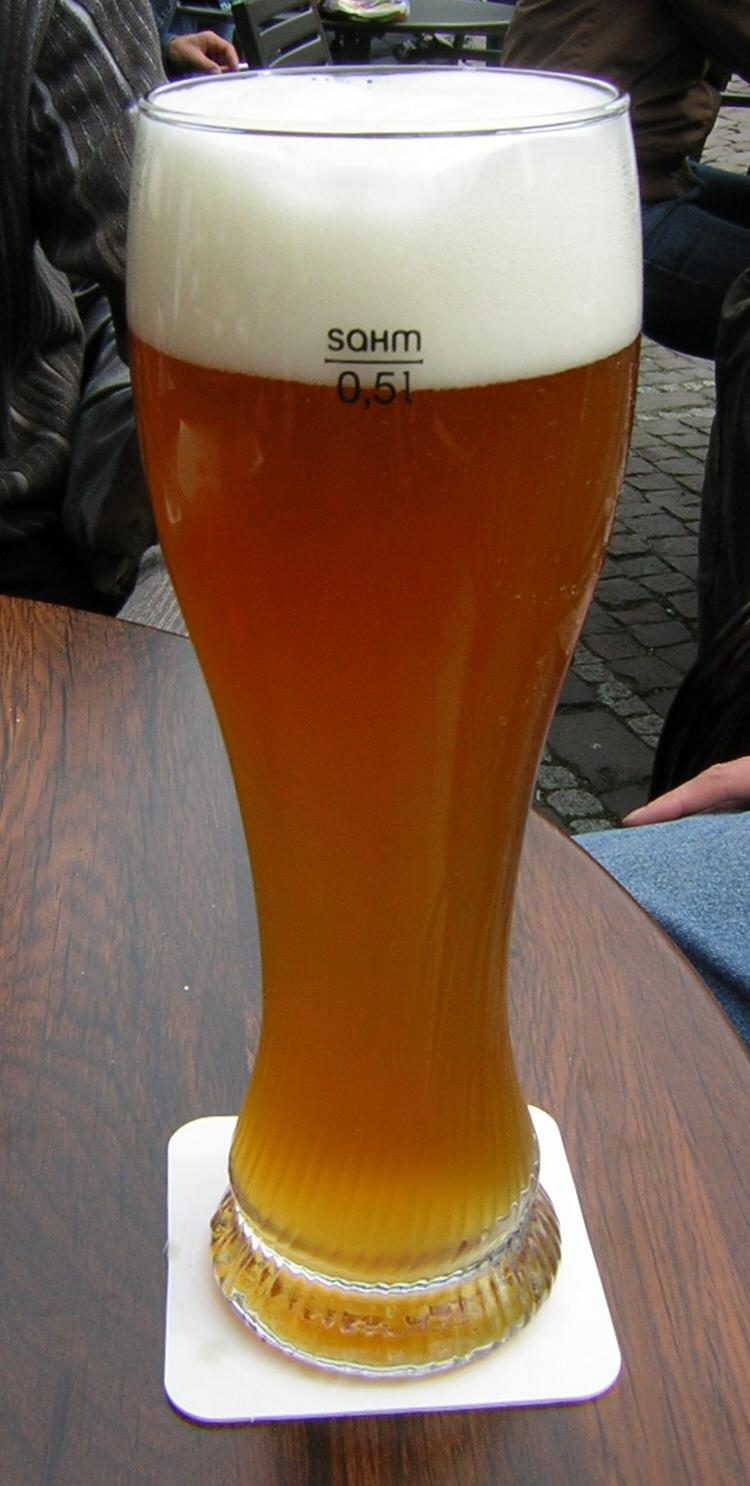 Piwo pszeniczne /wiki: Trexer (CC BY-SA 2.0) ©2005