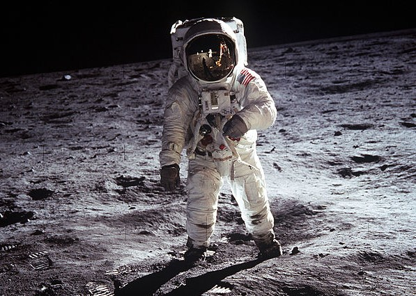 Buzz Aldrin na Księżycu/www.wikipedia.org