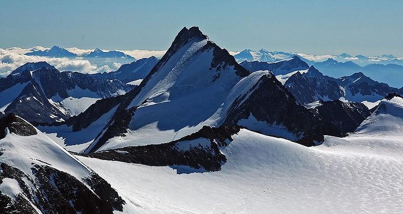 Alpy Ötztalskie. Gdzieś tam odkryto jedne z najsłynniejszych zwłok w najnowszej historii nauki. /źródło: wiki; Kogo (GNU FDL)
