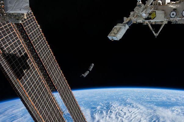 Start CubeSatu z Międzynarodowej Stacji Kosmicznej./ źródło: wiki; domena publiczna