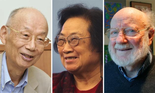 Od lewej do prawej: Satoshi Omura, Youyou Tu oraz William Campbell.